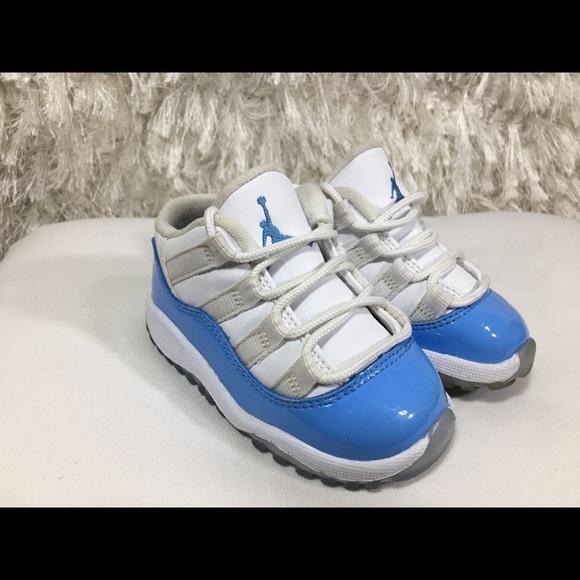 brand new e1c04 965af Nike Air Jordan 11 Retro Low TD Carolina 5C